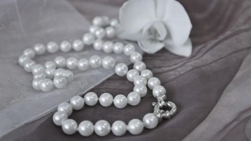 Ways to Make Retail Pearl Jewelry Store Profitable